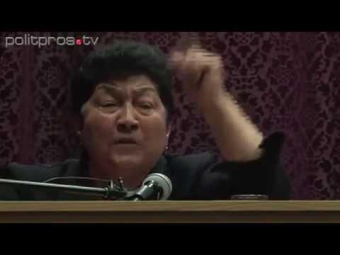 Женщина Кавказа жителям Кремля!