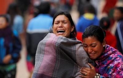 Уже свыше 3600 погибших в Непале фото 2