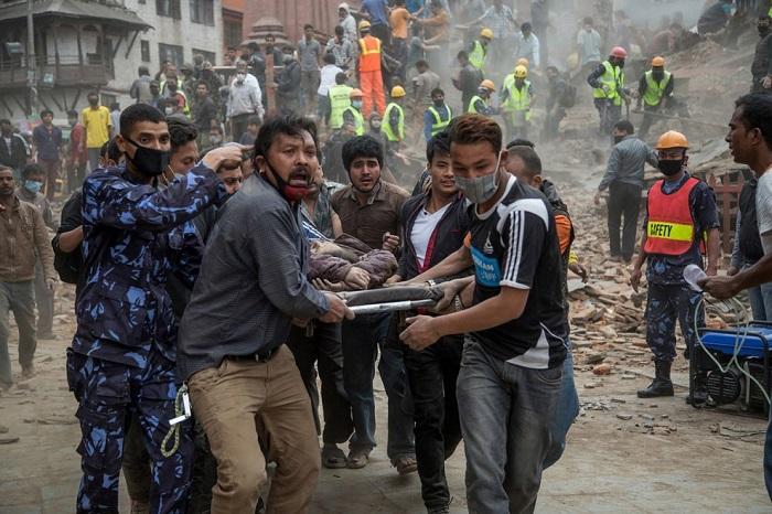 Число жертв землетрясения увеличивается