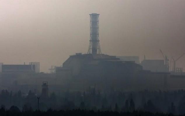 вблизи Чернобыльской атомной электростанции бушуют пожары