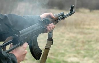 Военнослужащий расстрелял офицера и двух солдат и застрелился