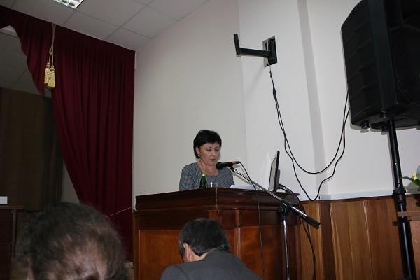 С докладом выступает Виталия Березуева (г. Михайловск)