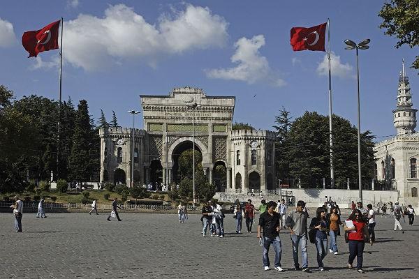 Россия возвращает своих студентов из Турции фото 2