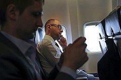 СМИ Польши сообщают о бегстве Яценюка из Украины