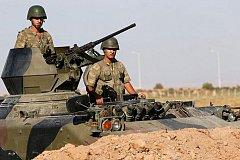 Турция тайно ввела военную бронетехнику на территорию Сирии. ВИДЕО