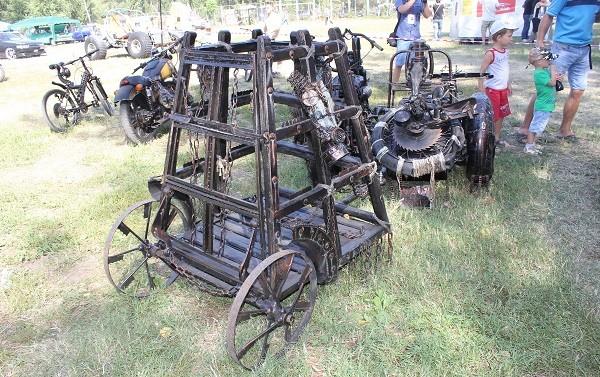 назад в будущее - колесница для перевозки рабов