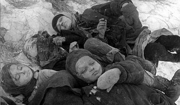 Замученные дети. 1942 г. Сталинград.