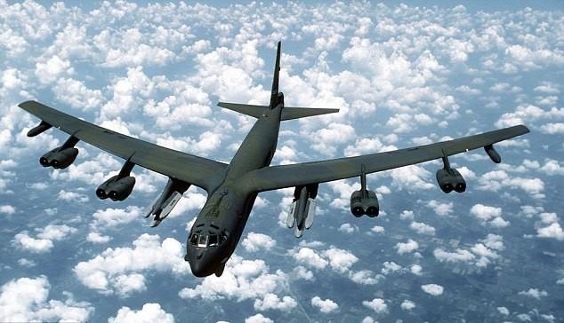 Бомбардировщик ВВС США Б-52. Фото:  dailymail.co.uk