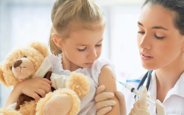 Попова: «В России не так часто отказываются от прививок»
