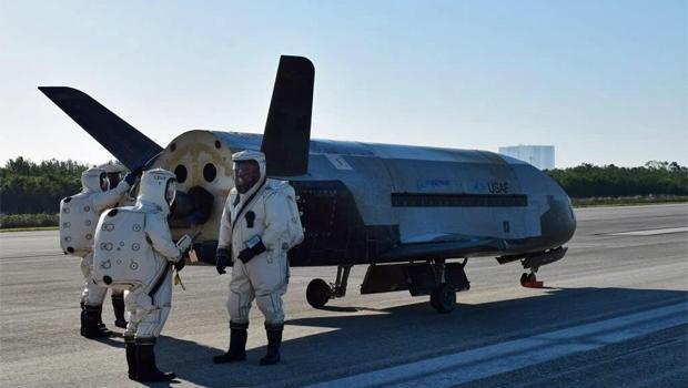 Boeing X-37. Фото: CBS News
