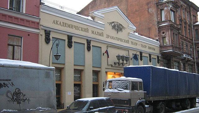 В Петербурге украли деньги при строительстве новой сцены