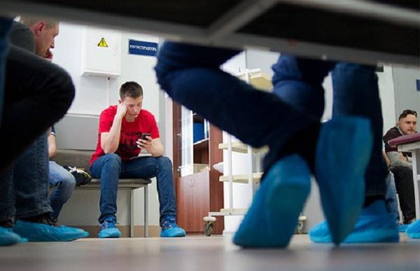 Большинство россиян недовольны качеством работы поликлиник