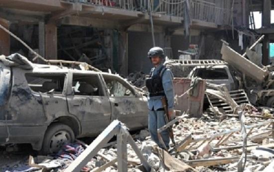 В Кабуле террорист-смертник убил 26 человек