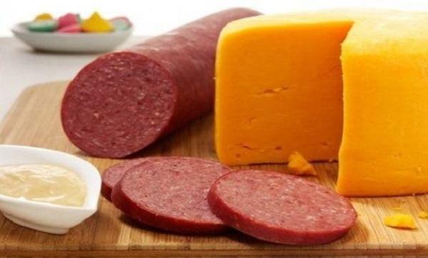 По указанию президента ужесточат контроль качества пищевой продукции