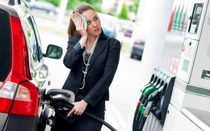 Бензин в России заметно подорожал фото 2