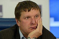 Кафельников отреагировал на русофобский выпад теннисиста Стаховского