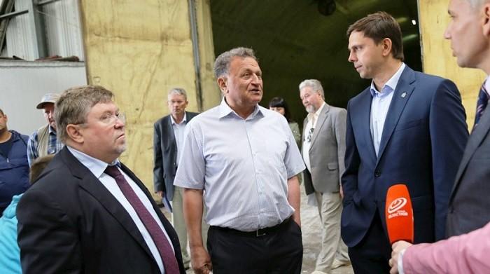 Сергей Будагов в центре. Фото: Пресс-служба Губернатора Орловской области