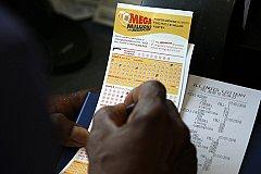 Американец выиграл в лотерею 522 млн долларов