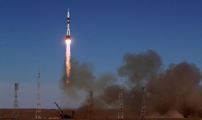 """апуск ракеты-носителя """"Союз-ФГ"""" с кораблем """"Союз МС-10. Фото: ТАСС"""