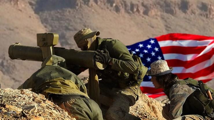 Боевики, прежде воевавшие за ИГ, теперь проходят переподготовку под наблюдением американских инструкторов на американской базе Ат-Танф на юге Сирии. Фото:  maxpark.com