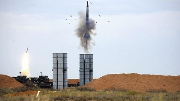 ЗРК С-400 «Триумф» в действии. Фото: tvzvezda.ru
