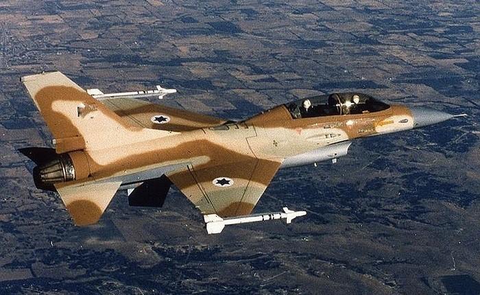 ПВО Сирии сбили самолет ВВС Израиля фото 2