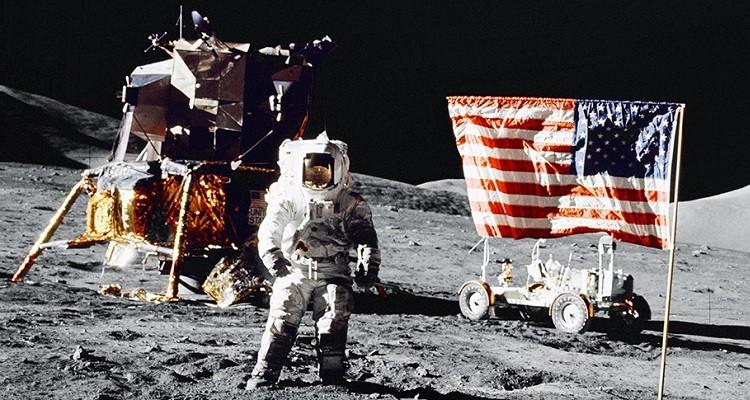 Китайцы не нашли на Луне американской высадки фото 2