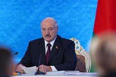 Лукашенко за единый рубль и против российских олигархов