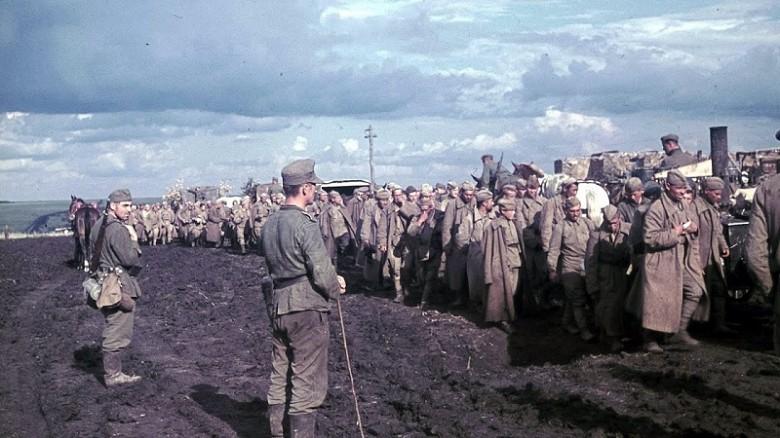 Вторая Мировая: Советские военнопленные РККА (Лето - осень 1941)