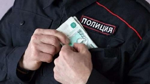 В КБР за взятки задержаны 12 действующих и бывших офицеров МВД