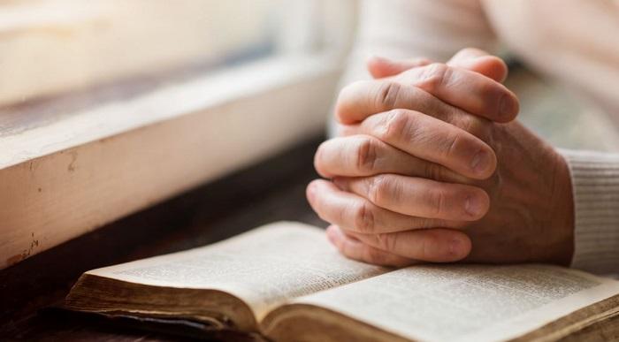 Священное писание нельзя читать, как обычную литературу