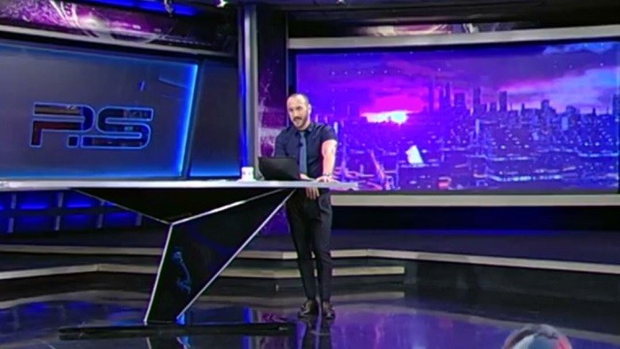 Грузинское дно! Телеведущий Рустави-2 в прямом эфире материт Путина. ВИДЕО фото 2