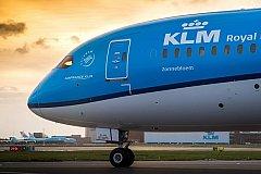 Голландские ЛГБТ заставили извиниться авиакомпанию KLM