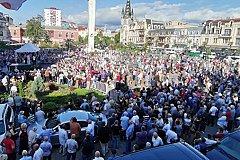 Десятки тысяч грузин потребовали нормализации отношений с Россией