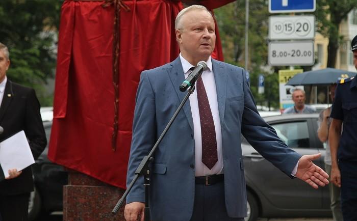 Ректор СтГМУ Владимир Кошель – один из инициаторов создания мемориала «Три сестры»