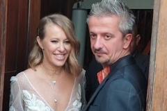 В РПЦ высказались о шабаше Собчак на свадьбе после венчания