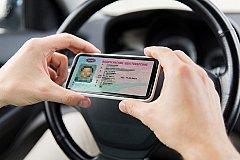 В России скоро появятся электронные водительские права
