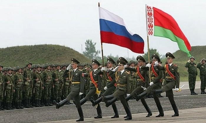 Перспектива слияния России и Белоруссии сильно пугает Запад фото 2