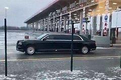 Путин открыл трассу «Москва - Санкт-Петербург» и первым проехал по ней на Aurus