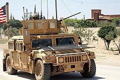 Сирийские нефтяные поля США усиливает бронетехникой