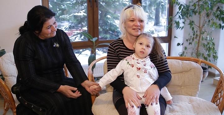 Зумрият Резаханова приехала в «Дом Радужного Детства» снова фото 3