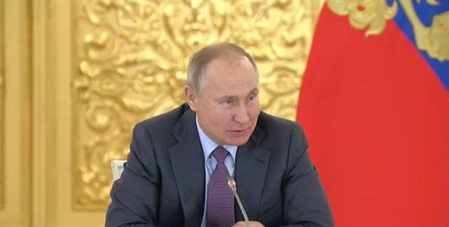 Путину нравится идея решать дела педофилов и чиновников под в суде присяжных