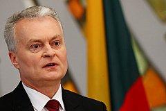 Литовский президент обвиняет Москву в искажении истории