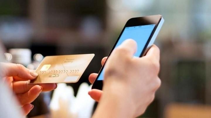 С 1 января с банков начали брать комиссию за переводы по номеру телефонов фото 2