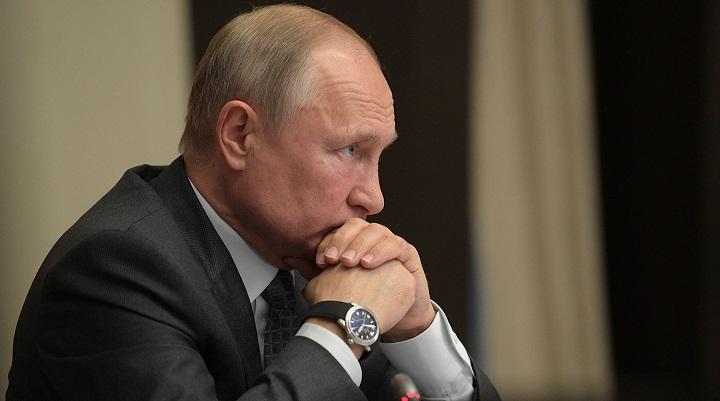 Снижение доходов россиян сильно обеспокоило Путина