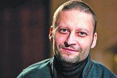 Сотни человек пришли проститься с онкологом Павленко