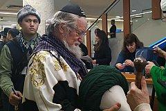 Верховный муфтий России надел еврейскую кипу