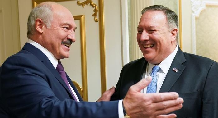 Александр Лукашенко и Майк Помпео в Минске. Фото: reuters