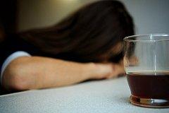 В Петербурге больную эпилепсией приняв за пьяную, избили и отвезли в вытрезвитель.