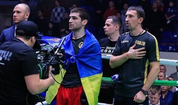 Украинец Карен Чухаджян после победы в боксерском поединке обозвал Россию агрессором. фото 2